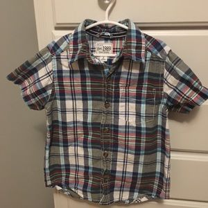 Children's Place boys plaid shirt size 4